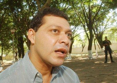 Forense confirma muerte natural de Osmar Martínez