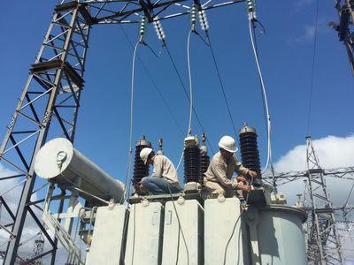 Energía eléctrica restablecida en algunas zonas