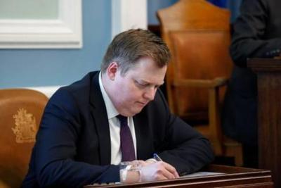 El primer ministro de Islandia renunció tras el escándalo de Panama Papers