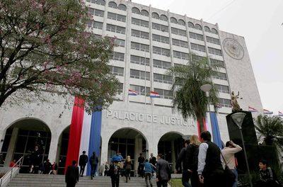 Juzgado rechaza millonaria demanda contra el Estado