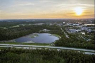 HOY / Disney devela centro de energía solar con forma de Mickey