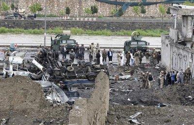Atentado en Afganistán deja al menos 28 muertos y 327 heridos