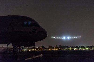 Solar Impulse aterriza en Arizona y cierra con éxito la 10ª etapa de su travesía