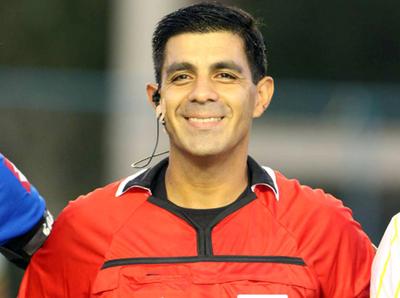 Enrique Cáceres será el pito representante en la Copa América