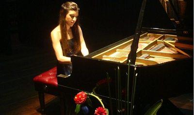 Pianista paraguaya tocará en Sudáfrica
