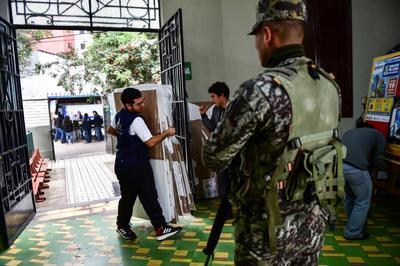 Perú: Encarnizado duelo Fujimori-Kuczynski
