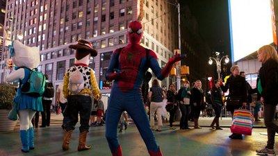 Los personajes de Times Square lucharán juntos por no desaparecer
