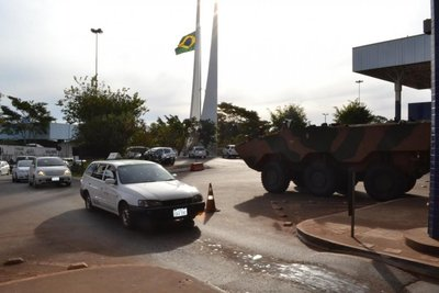 Caen más drogas, armas y contrabando en Brasil