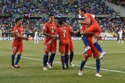 Chile se mete en la final tras vencer a Colombia