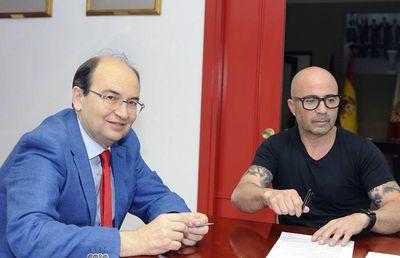 Jorge Sampaoli será presentado el lunes