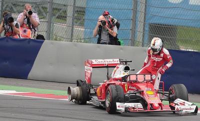 """Vettel: """"Todo era normal y de repente explotó el neumático"""""""