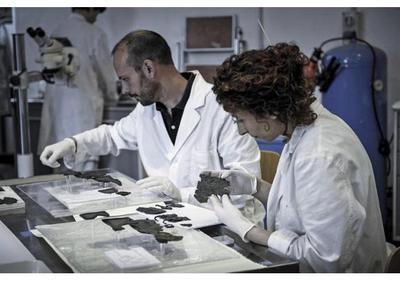 Los bordados más antiguos lucen restaurados en Roma