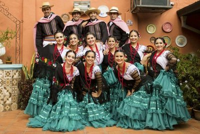 Danza paraguaya por el mundo