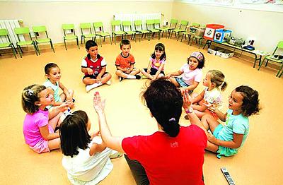 Realizan último taller de cuentos para niños