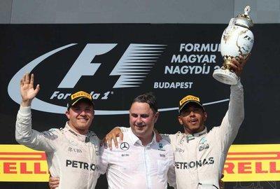 Hamilton arrebata liderato