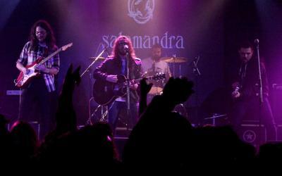Salamandra invade Buenos Aires