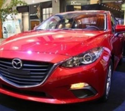 Presentan nuevo modelo de auto a nivel local