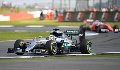 Hamilton, el más rápido en los segundos libres en Monza
