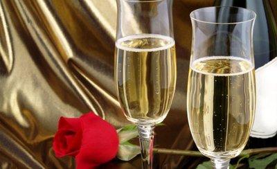 Cerveceros versus vineros, y pugna entre champagne y martini