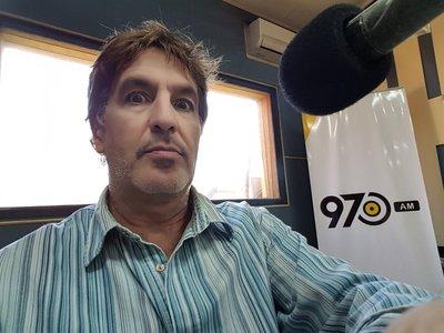 """Vargas Peña renuncia al grupo Cartes: """"Hagan lo que quieran con su medio"""""""