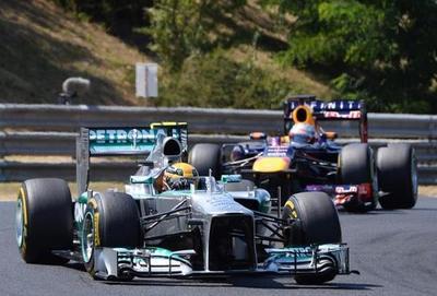 Hamilton y Rosberg, primeros en sesiones libres del GP