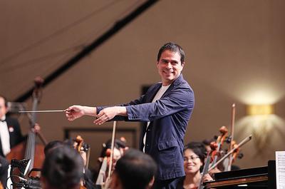 Maestro colombiano dirigirá a Orquesta Sinfónica del Paraguay