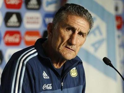 Bauza llamó 26 jugadores pensando en Brasil y Colombia
