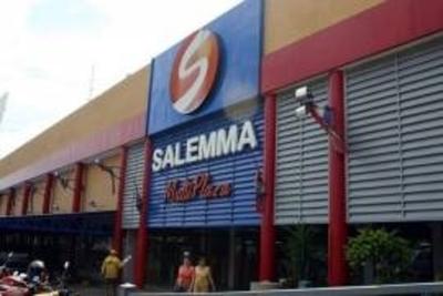 Salemma Multiplaza reinaugura su local