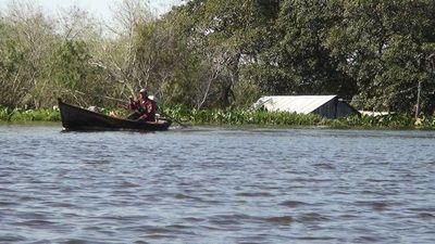 Desidia estatal: Joven de 15 años dio a luz en canoa y falleció su bebé