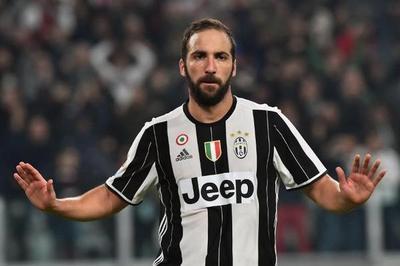"""Higuaín y la """"ley del ex"""" para alegría del líder Juventus"""
