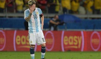 """Messi: """"Tocamos fondo"""""""