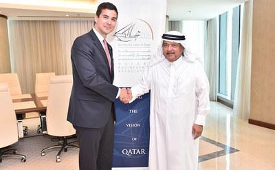 Ministro instó a empresarios de Qatar a invertir en Paraguay