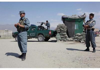 Al menos 4 muertos y 15 heridos en un ataque a la mayor base de EEUU en Afganistán