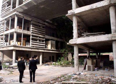 Ministro del Interior inicia auditoría sobre edificio inconcluso
