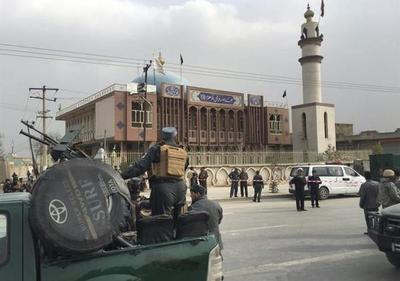 Al menos 27 muertos y 35 heridos en un atentado en un templo de Kabul