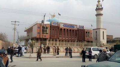 Al menos 27 muertos enatentado suicida en Kabul
