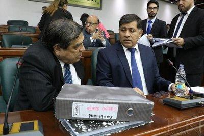 Gómez dice que denuncias en su contra son políticas