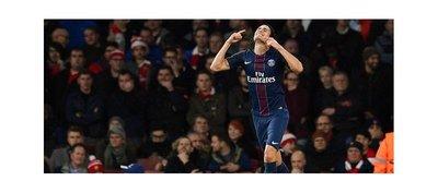 PSG se lleva un valioso empate de Londres y se aúpa al liderato