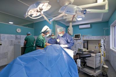 Anestesiólogos comunican cese de huelga y retoman labores normales