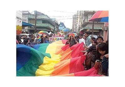 Destacan avance de los derechos LGTBI