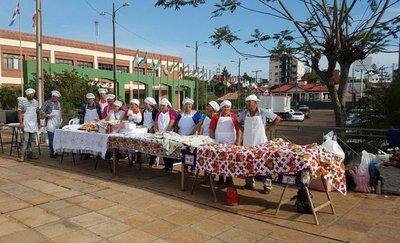 Feria de pescado en la Gobernación de Itapúa