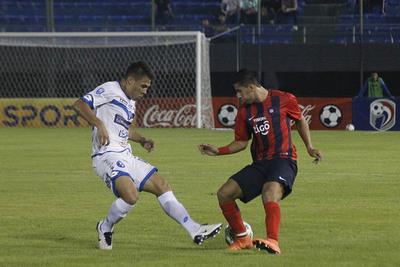 Cerro y Sol juegan por un lugar en la Libertadores