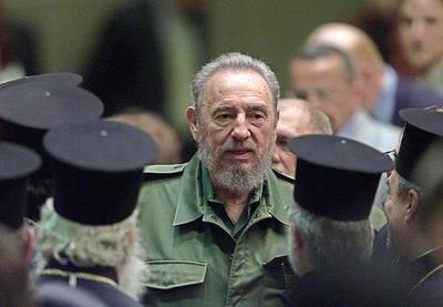 Golpeada izquierda encara el enigma Trump ya sin Castro