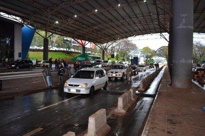 Ágata solo afecta a compristas, según administrador de Aduanas de CDE