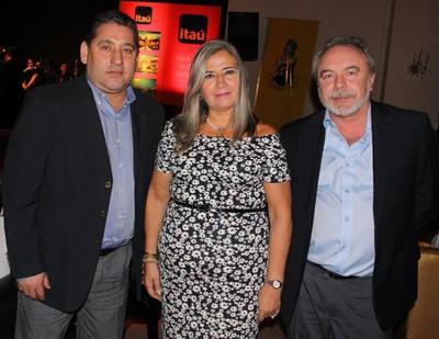 Premios en el Club Centenario