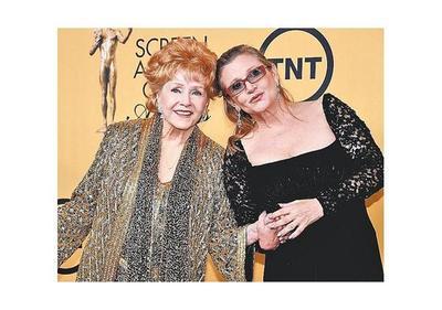 Debbie Reynolds  partió junto a su hija