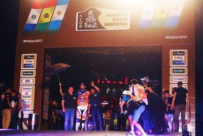 Con presencia de Horacio Cartes y Evo Morales se pone en marcha el Dakar más duro