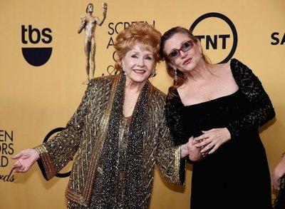 Funeral íntimo para Debbie Reynolds y Carrie Fisher