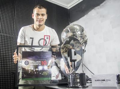 Mendieta extendió contrato con Olimpia