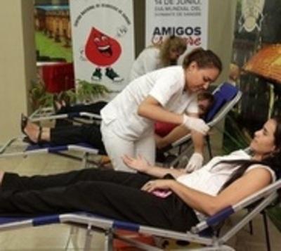 Senatur se adhiere a la campaña de donación de sangre